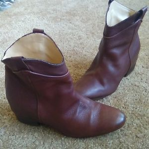 Ladies zara ankle boot .sz 36 .leather in and out